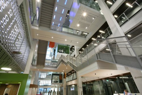 Project: Environmentally sustainable lighting in office complex